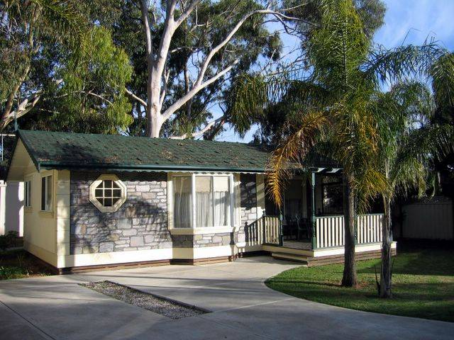 Highway 1 Caravan  Tourist Park - Mount Gambier Accommodation