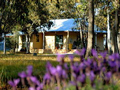 Kendenup Lodge and Cottages - Mount Gambier Accommodation