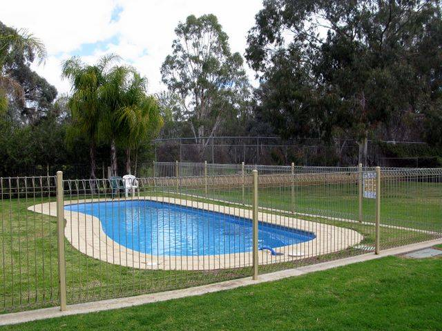 Pioneer Tourist Park - Mount Gambier Accommodation