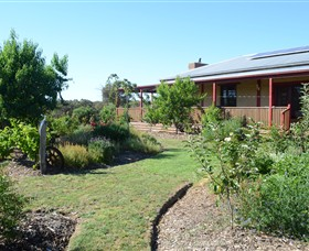 Mureybet Relaxed Country Accommodation - Mount Gambier Accommodation