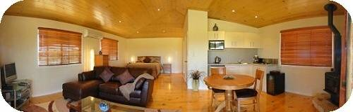 Scenic Rim View Cottages for Couples - Mount Gambier Accommodation