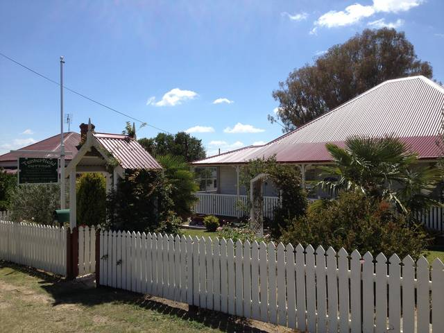 Tenterfield Luxury Historic c1895 Cottage - Mount Gambier Accommodation