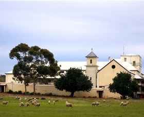 Monastery Guesthouse - Mount Gambier Accommodation