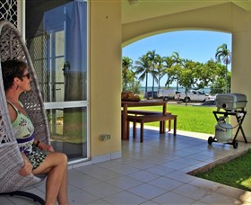 Absolute Beachfront Apartment - Mount Gambier Accommodation