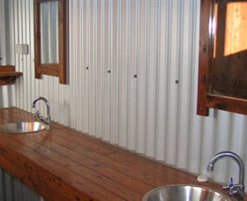 Daly River Barra Resort - Mount Gambier Accommodation