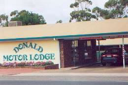 DONALD MOTOR LODGE - Mount Gambier Accommodation