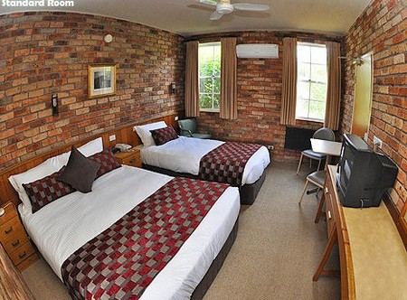 Log Cabin - Mount Gambier Accommodation