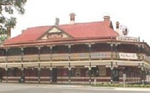 The New Coolamon Hotel - Coolamon - Mount Gambier Accommodation