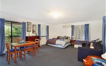 Ambleside Bed and Breakfast Cabins - Mount Gambier Accommodation