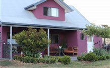 Magenta Cottage Accommodation and Art Studio - Mount Gambier Accommodation