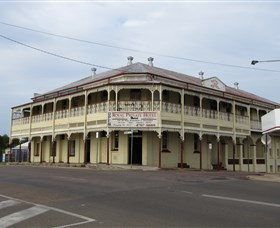 Royal Private Hotel - Mount Gambier Accommodation