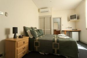 Tommys Tavern  - Mount Gambier Accommodation