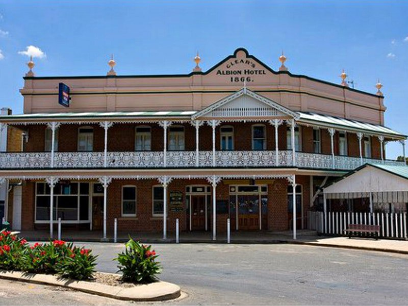 Albion Hotel Grenfell - Mount Gambier Accommodation