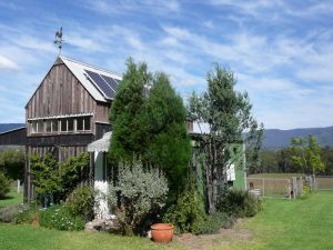 Runnymeade Garden Studio Bed and Breakfast - Mount Gambier Accommodation