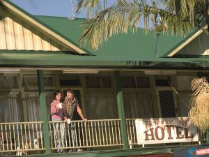 The Eltham Hotel  - Mount Gambier Accommodation