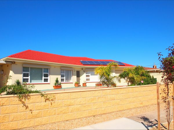 Christies Cottage for holidays and relocations. - Mount Gambier Accommodation