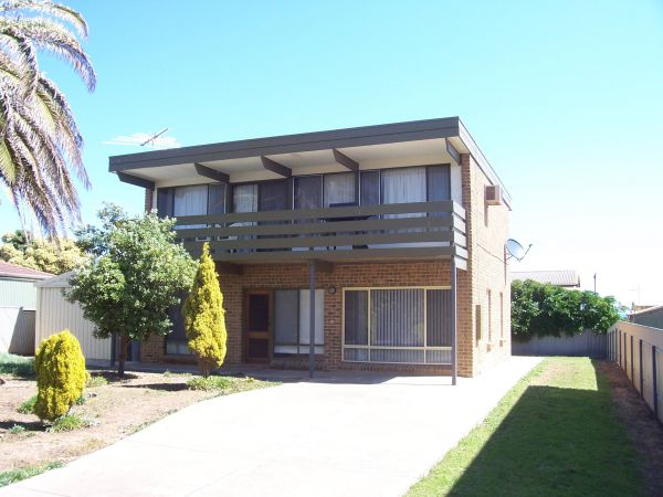 Century 21 SouthCoast Silver Sands - Mount Gambier Accommodation