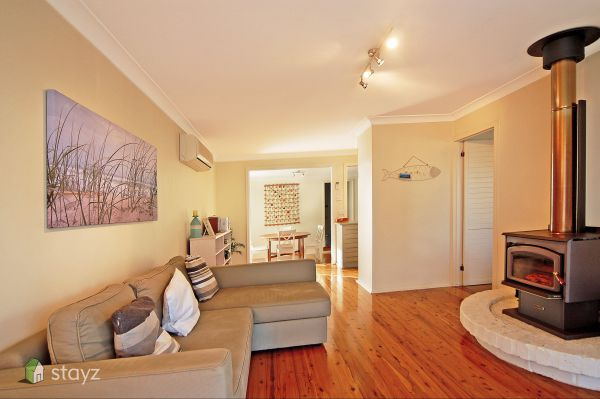 Hayes Beach House - Mount Gambier Accommodation