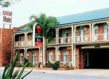 Hamiltons Henry Parkes - Mount Gambier Accommodation