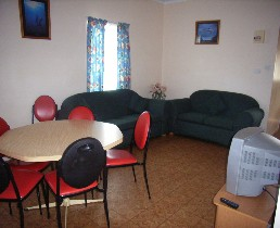 Alonga Waterfront Cottages - Mount Gambier Accommodation