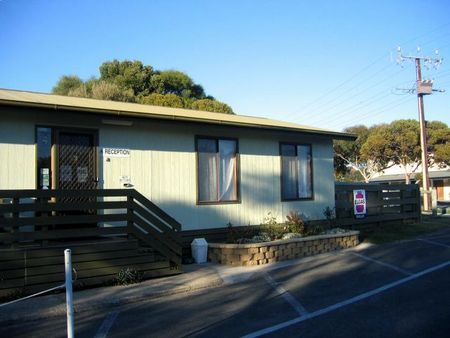 Lake Albert Caravan Park - Mount Gambier Accommodation