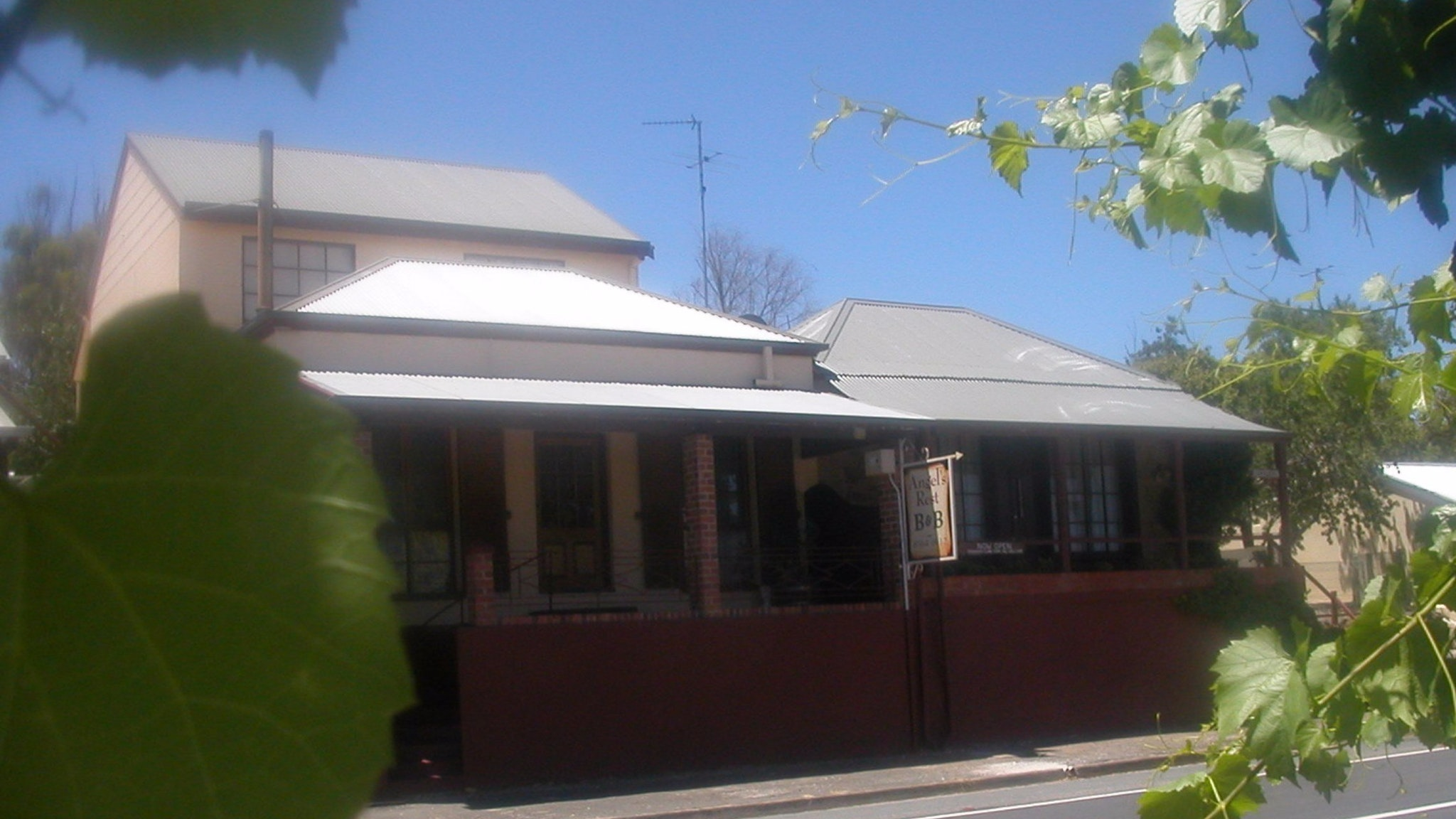 Angel's Rest Bed and Breakfast - Mount Gambier Accommodation