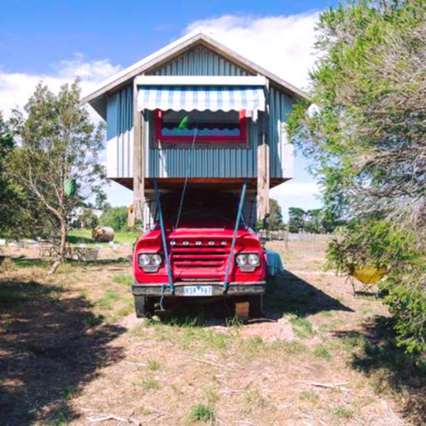 Torquay Farmstay  Blue Studio Truck - Mount Gambier Accommodation