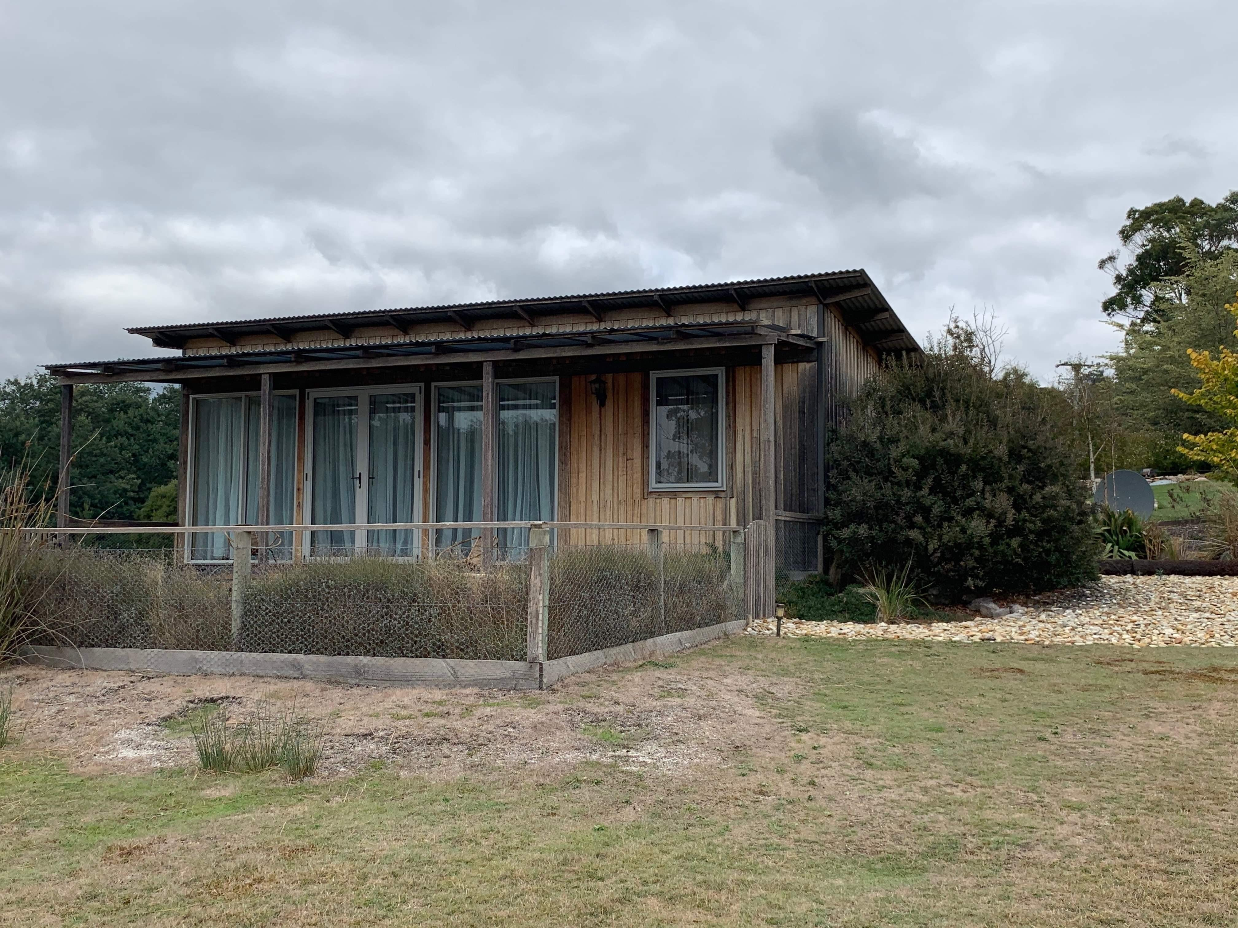 Mannaburne Cabin - Mount Gambier Accommodation