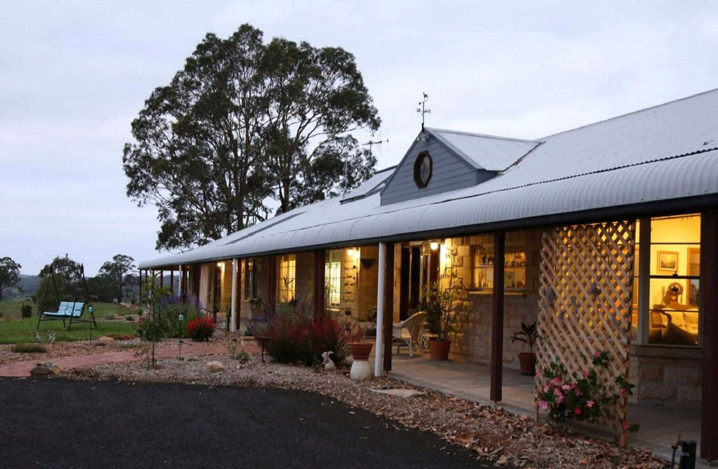 BellbirdHill Bed and Breakfast - Mount Gambier Accommodation