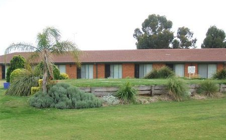 Berrigan Golf Club Motel - Mount Gambier Accommodation