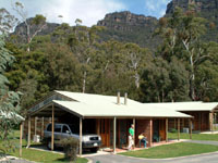 Halls Gap Log Cabins - Mount Gambier Accommodation