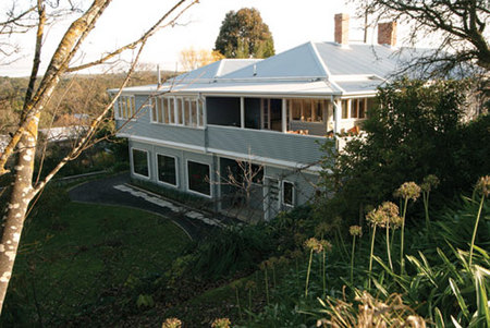 Azidene House - Mount Gambier Accommodation