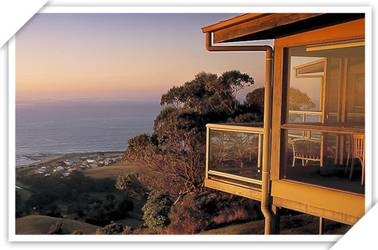 Chris's Beacon Point Restaurant and Villas - Mount Gambier Accommodation
