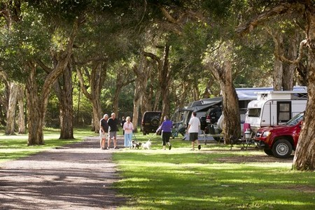 Beachfront Holiday Park - Mount Gambier Accommodation