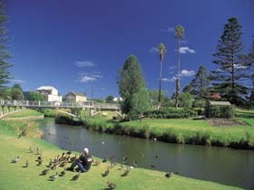 Strathalbyn Market - Mount Gambier Accommodation