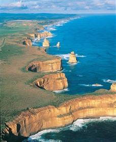12 Apostles Flight Adventure from Apollo Bay - Mount Gambier Accommodation