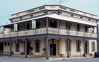 Exeter Hotel Semaphore - Mount Gambier Accommodation