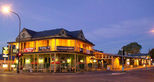 Torrens Arms Hotel - Mount Gambier Accommodation