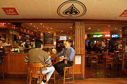 Aces Bar and Bistro - Mount Gambier Accommodation