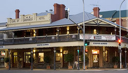 Coopers Alehouse at the Earl - Mount Gambier Accommodation