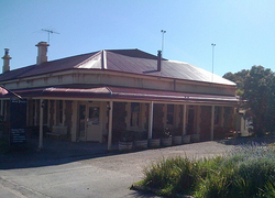 Old Bush Inn - Mount Gambier Accommodation