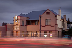 Cross Keys Hotel - Mount Gambier Accommodation