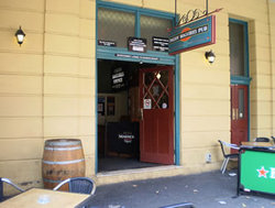 Paddy Maguires - Mount Gambier Accommodation