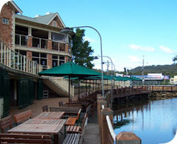 The Woodport Inn - Mount Gambier Accommodation