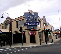 Grand Junction Hotel - Mount Gambier Accommodation