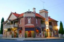 Abermain Hotel - Mount Gambier Accommodation