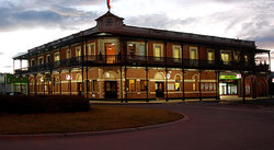 The Grand Terminus Hotel - Mount Gambier Accommodation