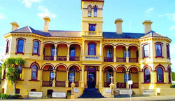The Queenscliff Historic Royal Hotel - Mount Gambier Accommodation