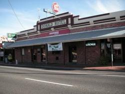 Donald Hotel - Mount Gambier Accommodation