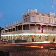 The Rose Hotel - Victoria Street Bar - Mount Gambier Accommodation